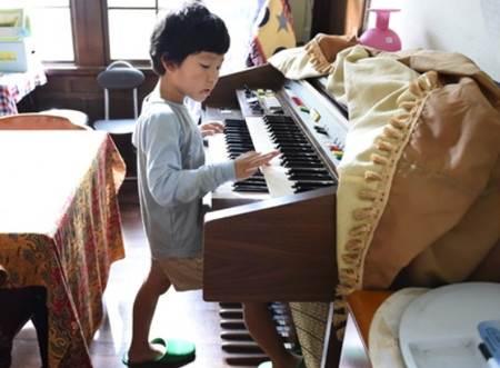 kaito_piano01_R
